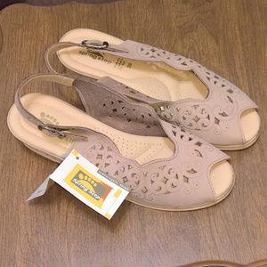 NIB Spring Step Summer Wedge Sandals